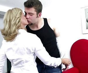 corea chica tetas grandes follando masturbación inodoro