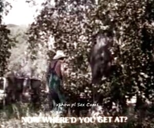 Joven tetas peladas Saana arruinada por una gran polla negra