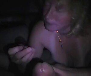 Sexo anal 18 años tetona interracial frente a un viejo