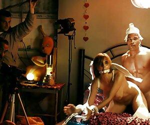 Quiero darte tu primera probada de polla con jovenes tetonas desnudas arnés