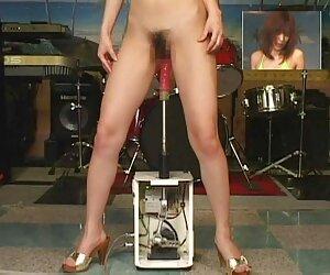 Hermosa chica jugueteando en la web japonesas tetonas follando cam